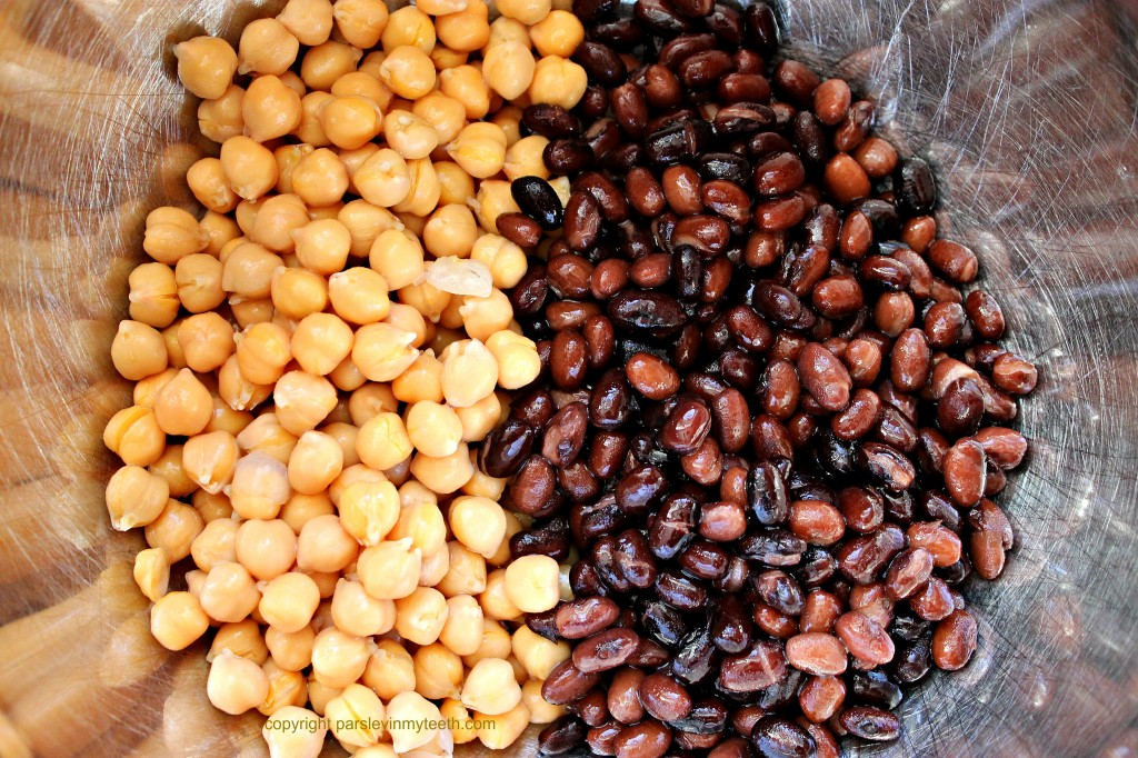 the chickpeas and black beans place in large mixing bowl