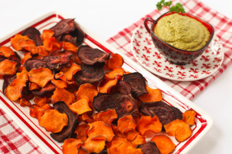 Beet Carrot & Sweet Potato Chips with Hummus