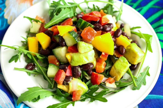 Mango Avocado Salad With Red Pepper Black Beans Cuber Lime Over Arugula