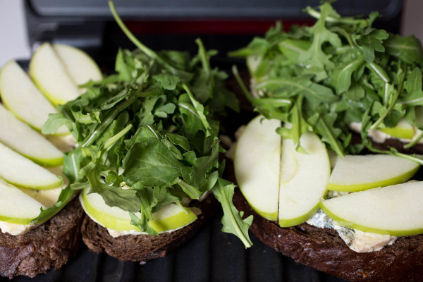 Grilled Blue Cheese Green Apple & Arugula on Pumpernickel by Parsley In My Teeth 1