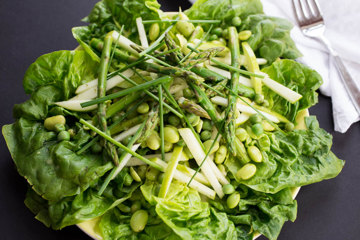 Spring Greens & Beans Salad with Asparagus & Lemon Basil Dressing