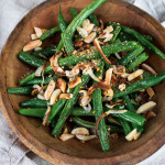 Thanksgiving Side Dish – Roasted Green Beans & Shallots with Toasted Almonds & Seasoned Breadcrumbs