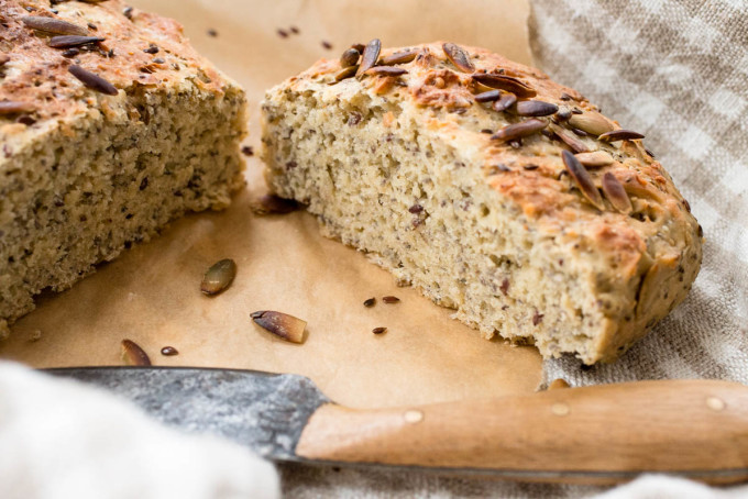Einkorn Bread with Hemp Chia Flax & Pumpkin Seeds - Parsley In My Teeth