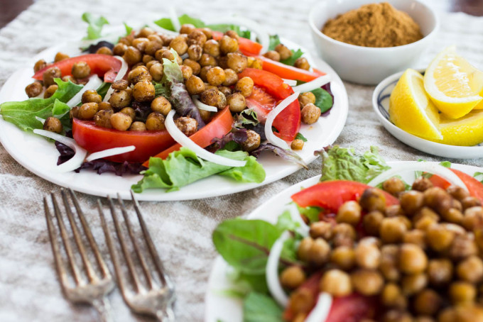 Schwarma-Spiced Chickpea Salad - Parsley In My Teeth