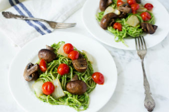 Back To School Lunch Idea: Sweet Pea Broccoli & Spinach Pesto Pasta with Grilled Mushrooms Onions & Tomatoes