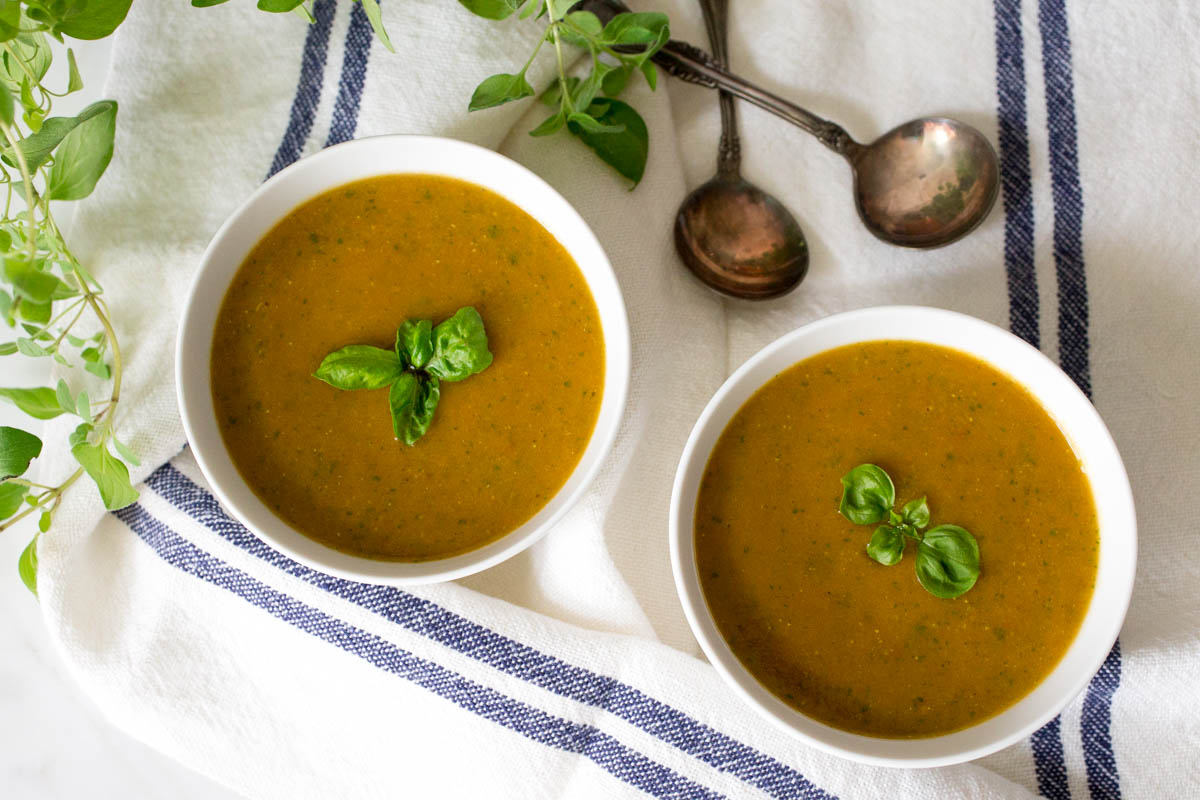 Spiced Lentil Tomato + Leek Soup with Fresh Basil by Parsley In My ...