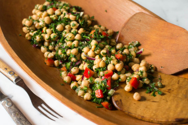 za-atar-parsley-chickpea-salad-with-capers-parsley-in-my-teeth