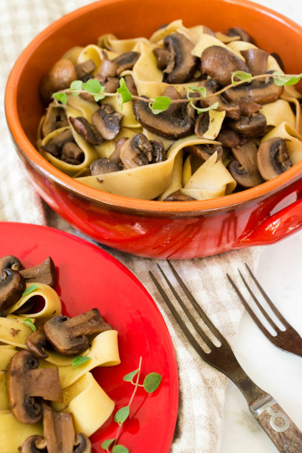 seasoned-mushrooms-with-noodles-from-parsley-in-my-teeth